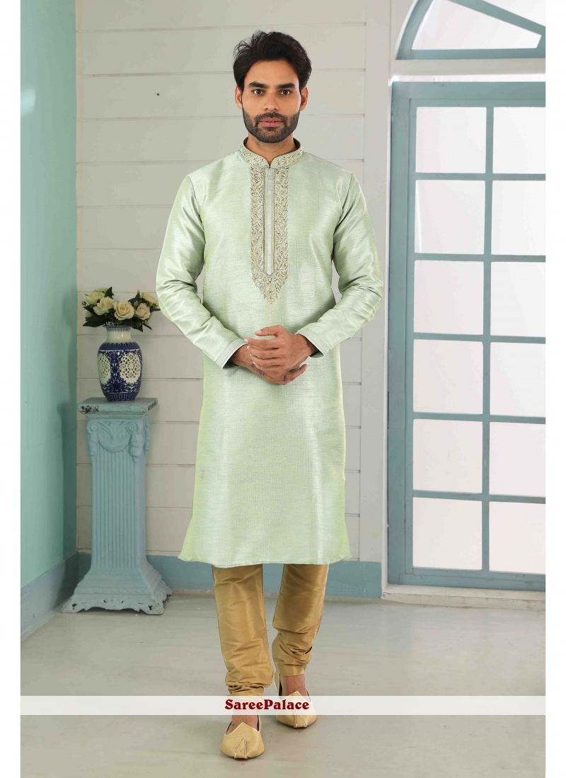 Art Banarasi Silk Kurta Pyjama in Green