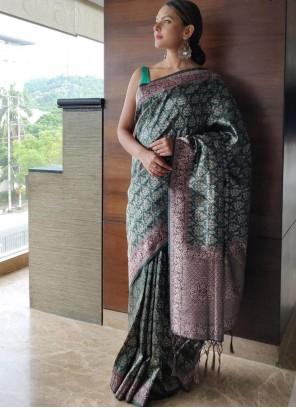 Art Silk Traditional Saree in Green