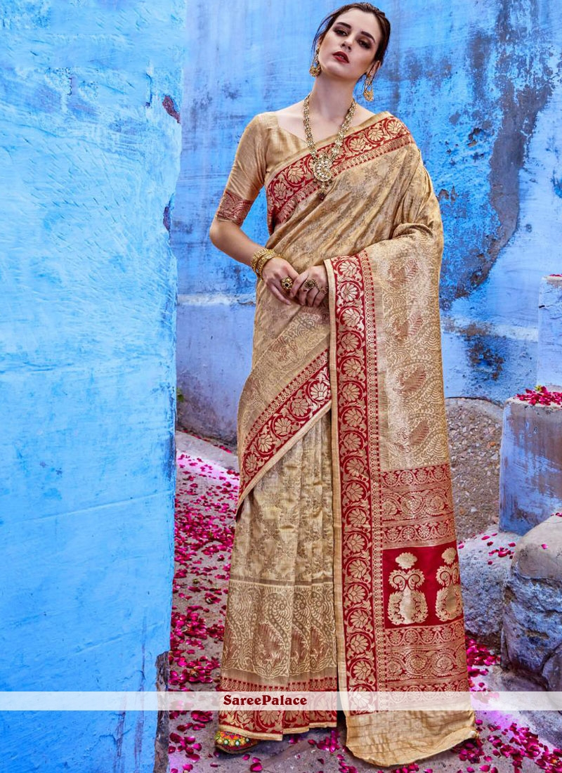 c8570e209b Buy Banarasi Silk Mehndi Classic Saree Online