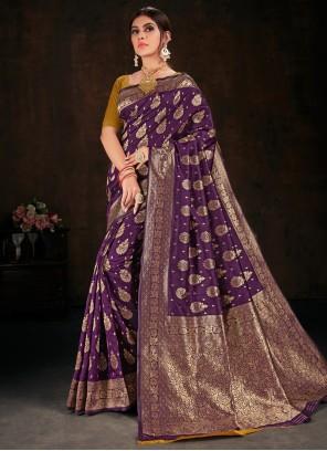 Banarasi Silk Weaving Traditional Saree