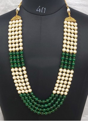 Beige and Green Moti Necklace Set