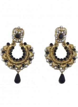 Black and Gold Color Ear Rings