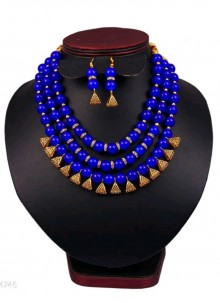 Blue and Gold Moti Necklace Set