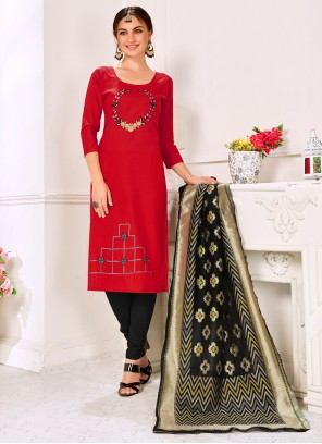 Churidar Suit Embroidered Cotton in Red
