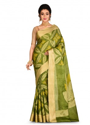 Classic Saree Weaving Banarasi Silk in Green