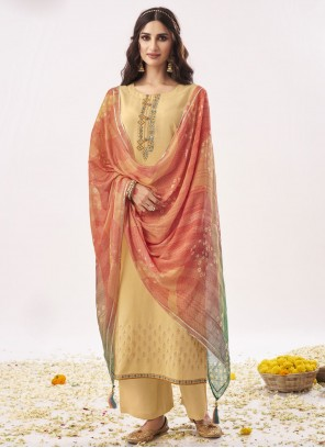 Designer Pakistani Salwar Suit For Festival