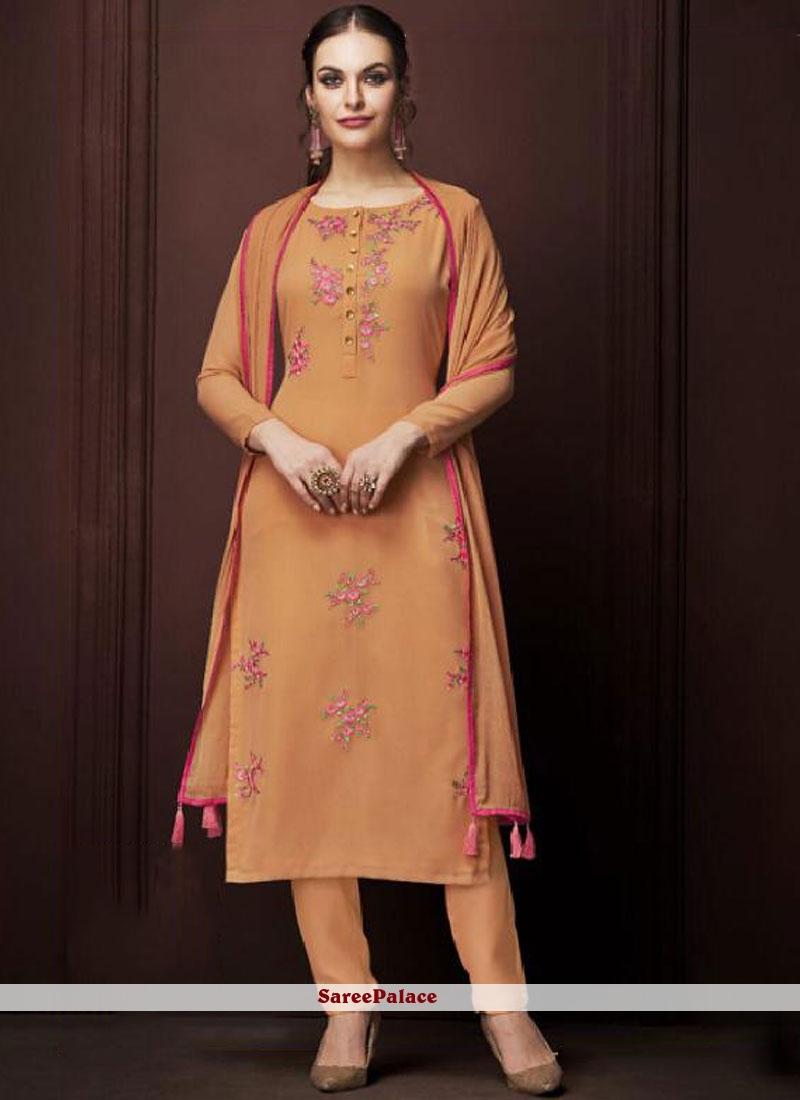 Designer Pakistani Suit For Ceremonial