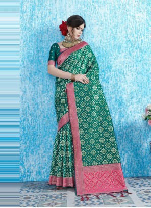 Green Traditional Saree For Festival