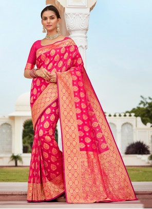 Designer Traditional Saree Weaving Banarasi Silk in Fuchsia