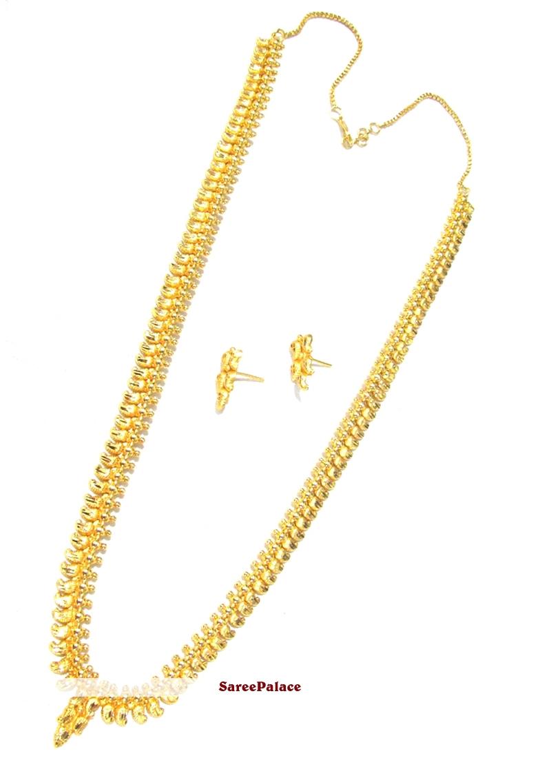 Diamond Gold Necklace Set