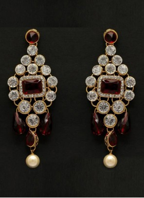 Ear Rings Moti in Gold and Maroon