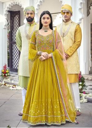 Embroidered Georgette Floor Length Anarkali Salwar Suit in Green
