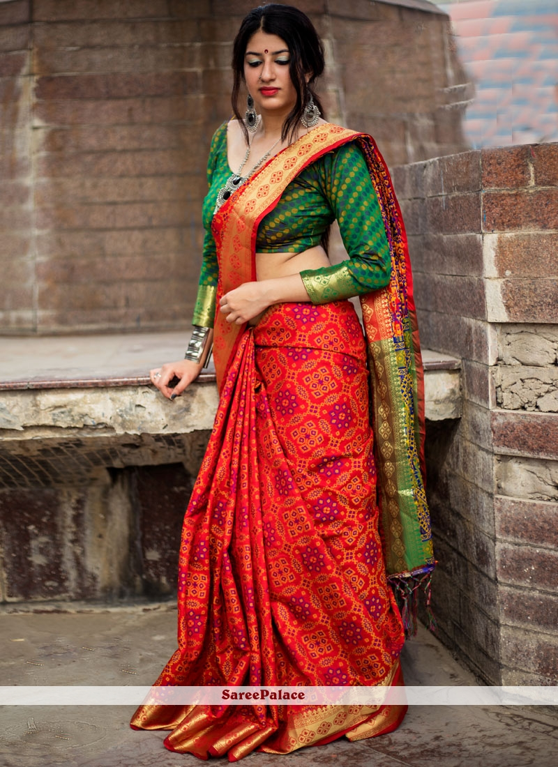 8ca746997d26d Buy Enthralling Patola Silk Red Weaving Work Designer Traditional Saree  Online
