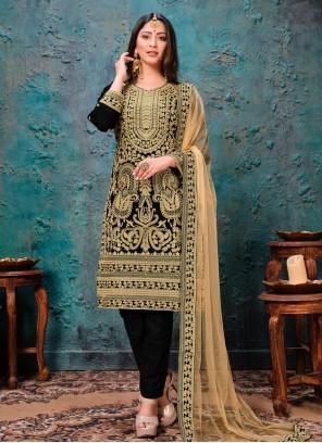 Faux Georgette Black Embroidered Bollywood Salwar Kameez