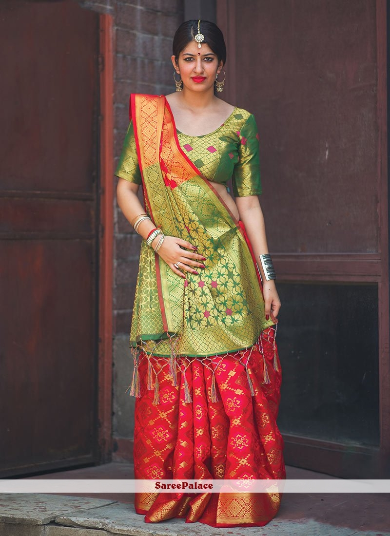 a0a4e390d64 Buy Glossy Banarasi Silk Green and Red Classic Saree Online