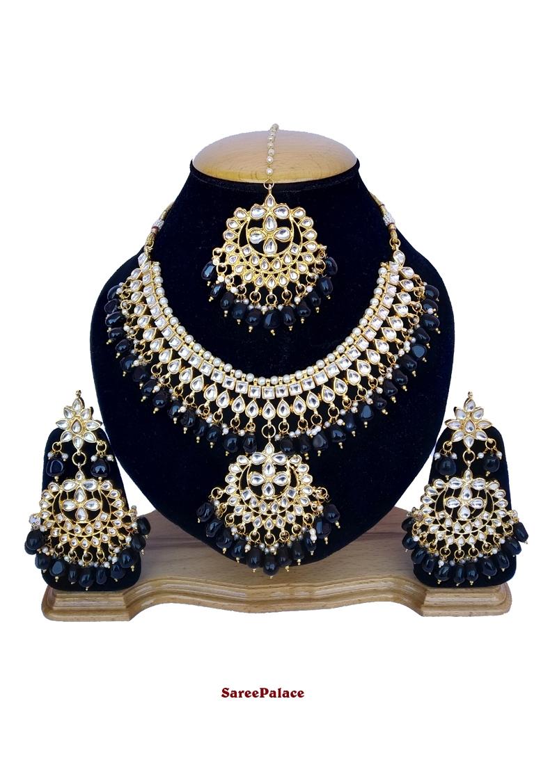 Gold and Grey Stone Work Mehndi Necklace Set
