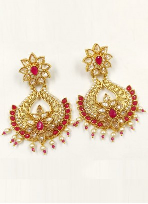 Gold and Maroon Sangeet Ear Rings