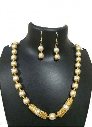 Gold and Off White Color Necklace Set