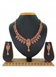 Gold and Pink Mehndi Necklace Set