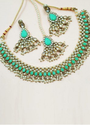Gold and Turquoise Mehndi Necklace Set