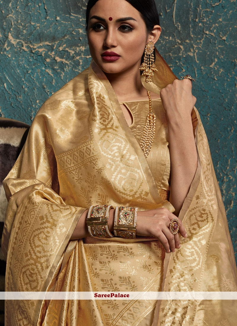 7215b0bf85 Buy Gold Ceremonial Kanchipuram Silk Traditional Designer Saree Online