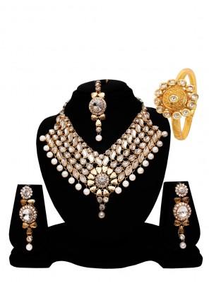 Gold Festival Necklace Set