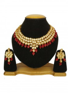 Gold Kundan Bridal Necklace Set