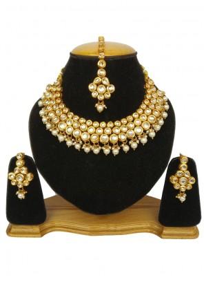 Gold Kundan Ceremonial Necklace Set