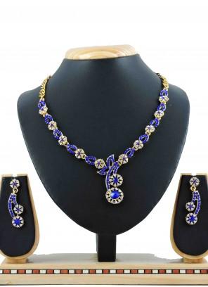Gold Mehndi Necklace Set