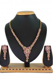 Gold Stone Mehndi Necklace Set
