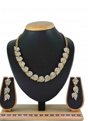 Gold Stone Work Bridal Necklace Set