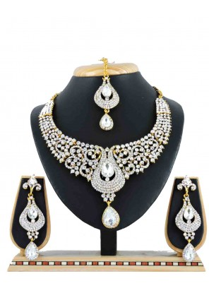 Gold Stone Work Wedding Necklace Set