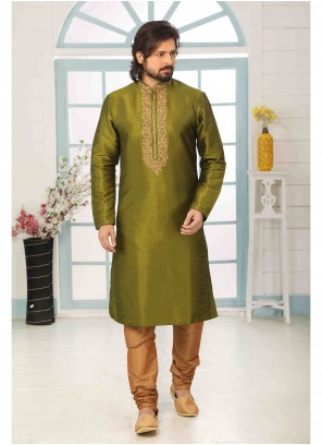 Green Art Banarasi Silk Embroidered Kurta Pyjama