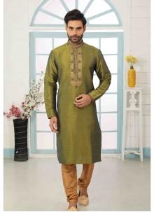 Green Art Banarasi Silk Reception Kurta Pyjama