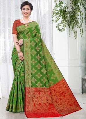 Green Silk Weaving Traditional Saree