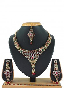 Green Stone Work Festival Necklace Set