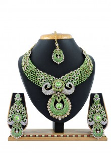 Green Stone Work Necklace Set