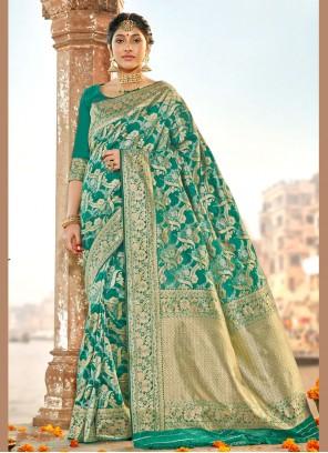 Green Weaving Party Silk Saree