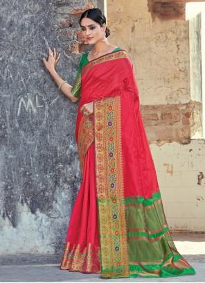 Handloom Cotton Weaving Classic Saree in Red