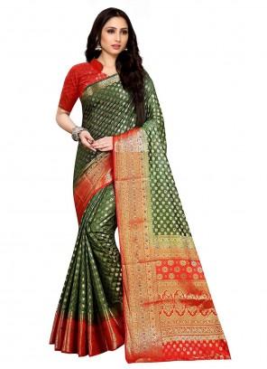 Kanjivaram Silk Weaving Classic Saree
