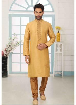 Kurta Pyjama Embroidered Art Banarasi Silk in Gold