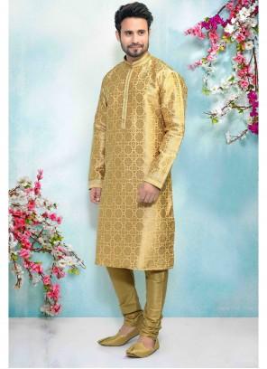 Kurta Pyjama Embroidered Jacquard Silk in Gold