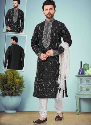 Kurta Pyjama Print Art Dupion Silk in Black