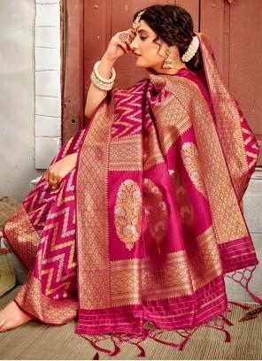 Magenta Banarasi Silk Ceremonial Traditional Designer Saree