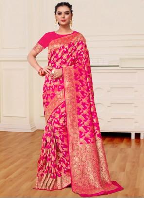 Magenta Weaving Banarasi Silk Classic Designer Saree