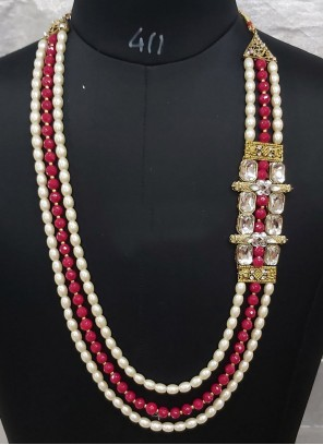 Maroon and Off White Color Necklace Set