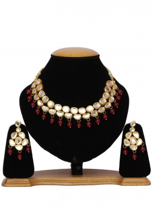 Necklace Set Moti in Gold