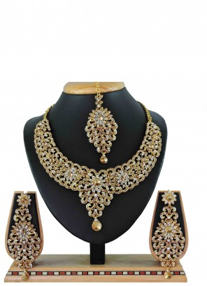 Necklace Set Stone in Gold