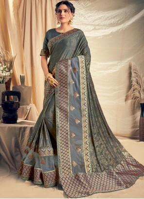 Net Applique Trendy Saree in Grey