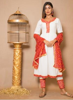 Off White Lace Readymade Salwar Kameez